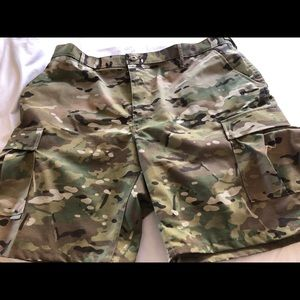 New without tags propper camouflage shorts
